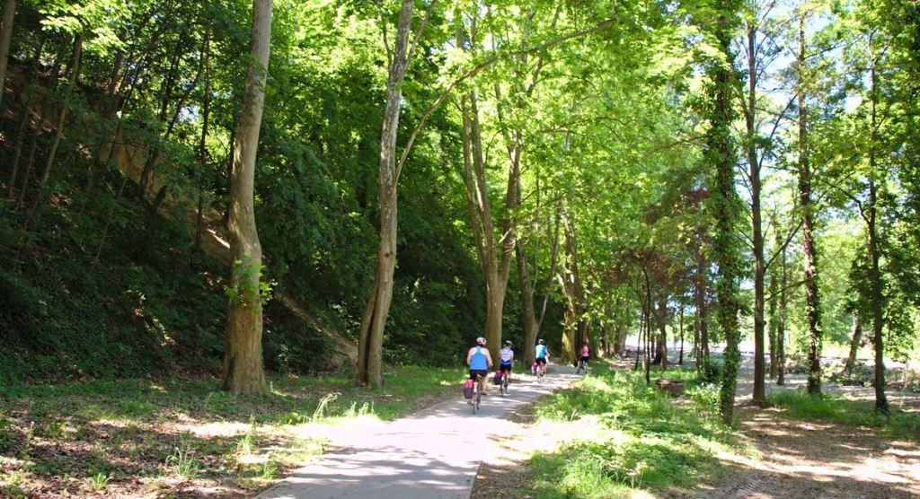 Kerékpárút Balatonszemesnél